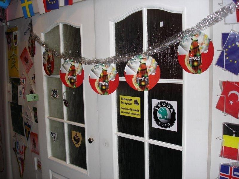 Papírové vánoční řetězce - Coca Cola