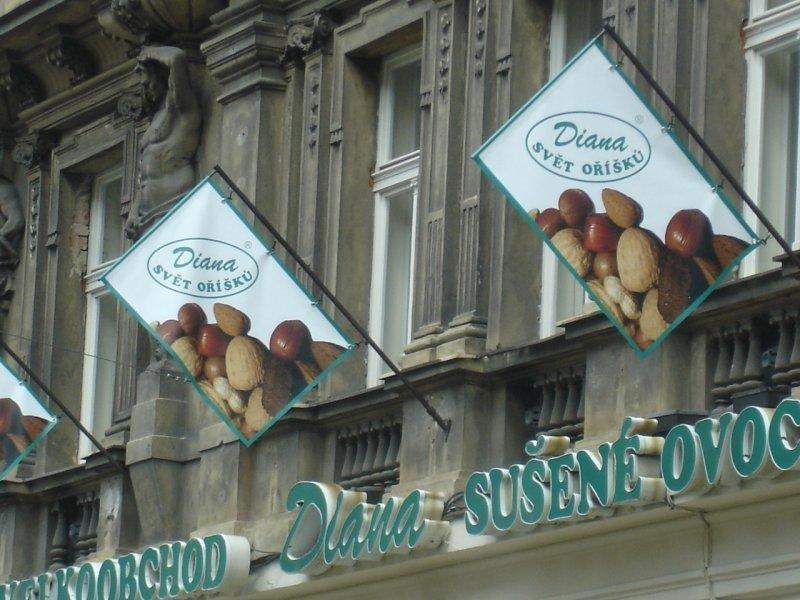 Rotační držáky transparenty PVC - Svět oříšku