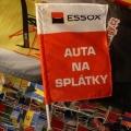 Reklamní vlajky na tyčky na plotech - Essox